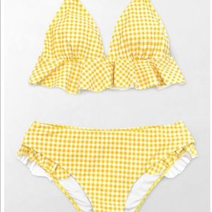 Cupshe Yellow Gingham Ruffled Bikini